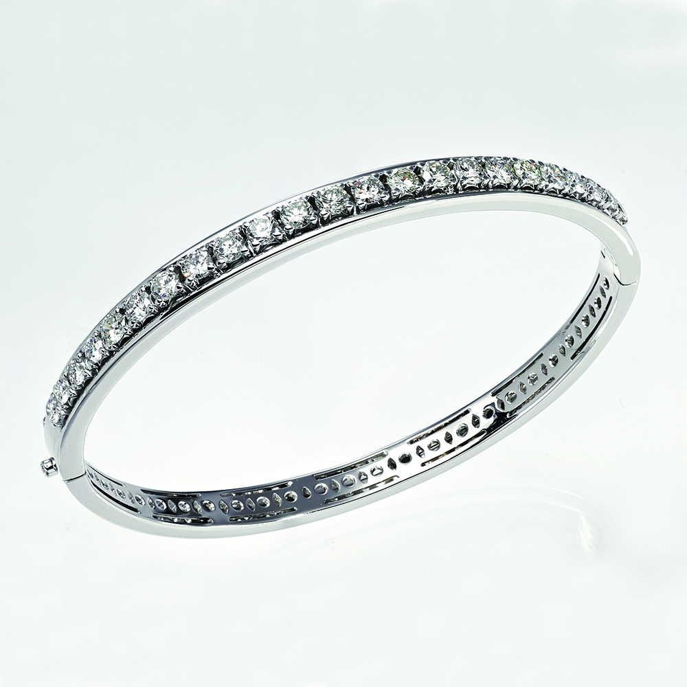 Bangle, 18ct white gold with Natural Diamonds