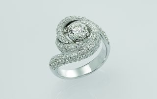 Ring, 18ct white gold with round brilliant Cut Natural Diamonds - GIA Certified