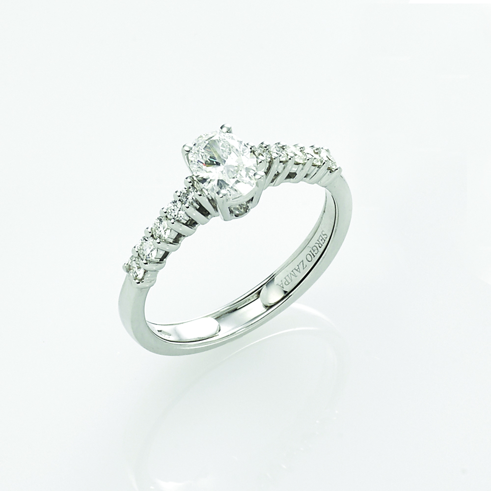 Ring, 18ct white gold with Oval Cut and Round Brilliant Cut Natural Diamonds - GIA Certified